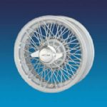 "Jaguar Competition Silver Painted Curly HUB 5"" x 15""   72 spokes wire wheels"